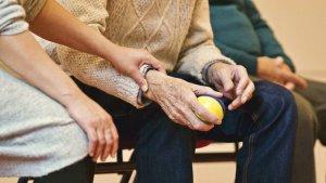 Kombinationspflege Erklärung für pflegende Angehörige
