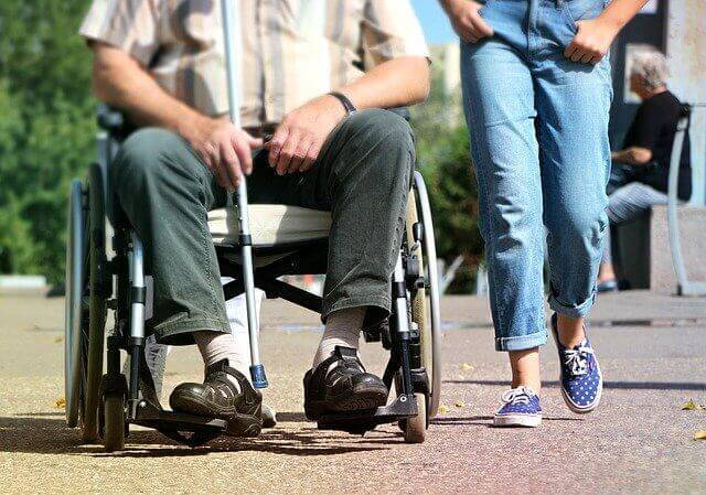 elektrische Schiebehilfe für Rollstuhl